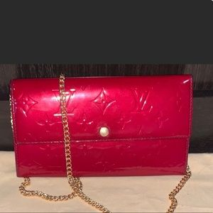 Louis Vuitton wallet/crossbody